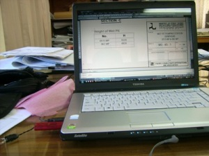 Laptop saya jadi senjata andalan dalam drafting autocad ini